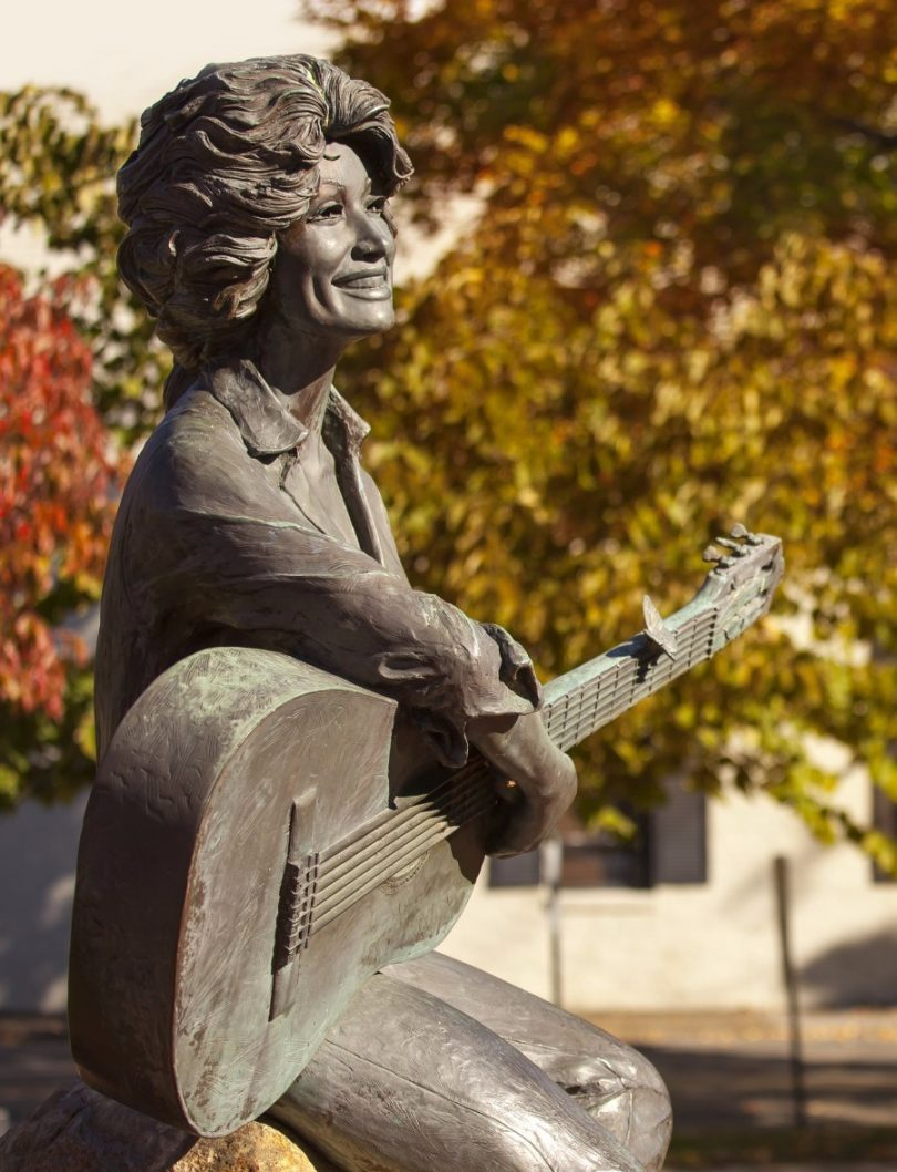 Sevierville, Tennessee, Smoky Mountains, Dolly Parton Statue