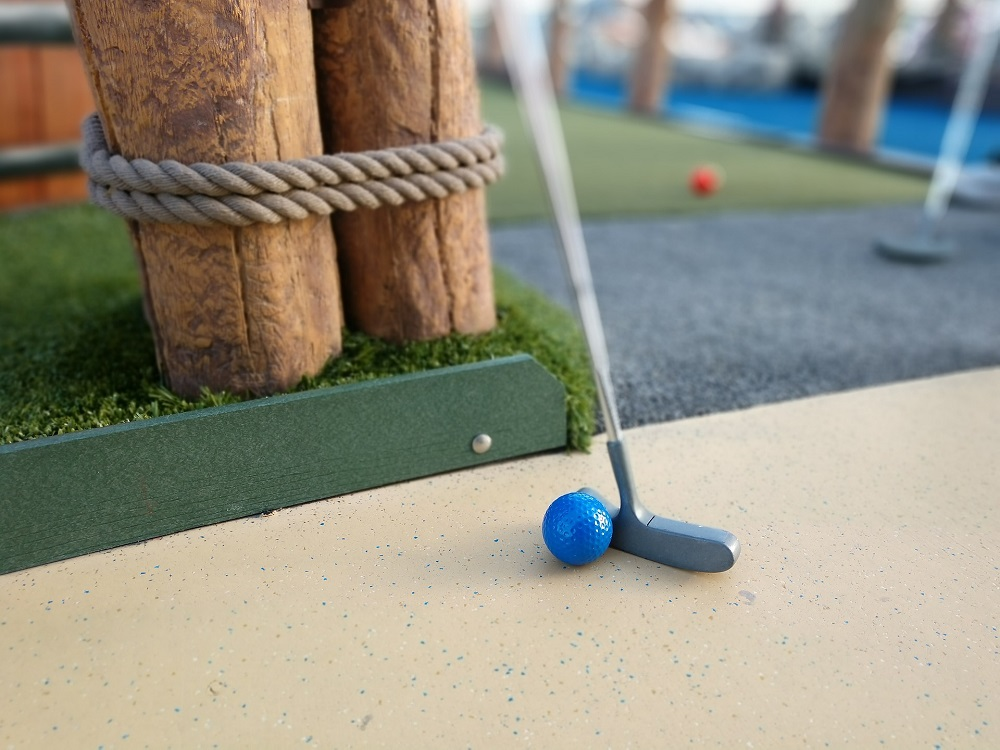 Things To Do in Gatlinburg, mini golf