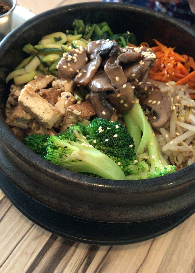 alice and friends vegan restaurant in chicago bim bop